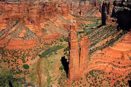 Picture of Spider Rock at Canyon De Chelly Arizona