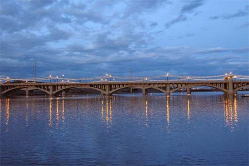 Picture of Tempe Bridge and Tempe Town Lake